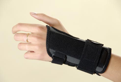 princ_rm_photo_of_hand_in__brace